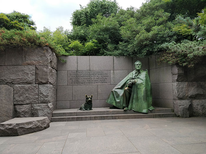 Roosevelt Memorial Angela Griffin