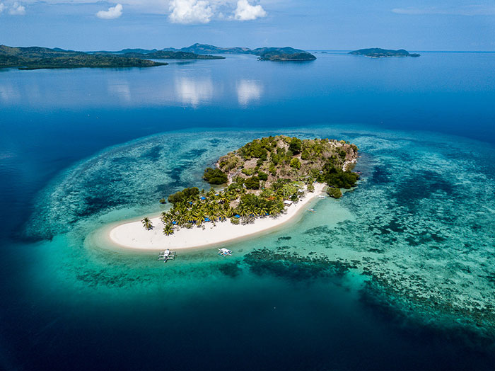 Pass Island Philippines Richard Collett