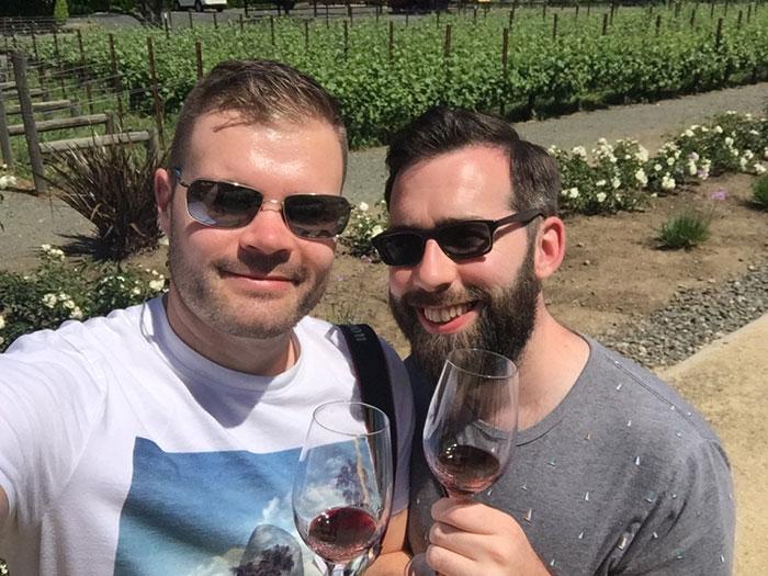 Wine tasting in Napa (image: Claus Gurumeta)