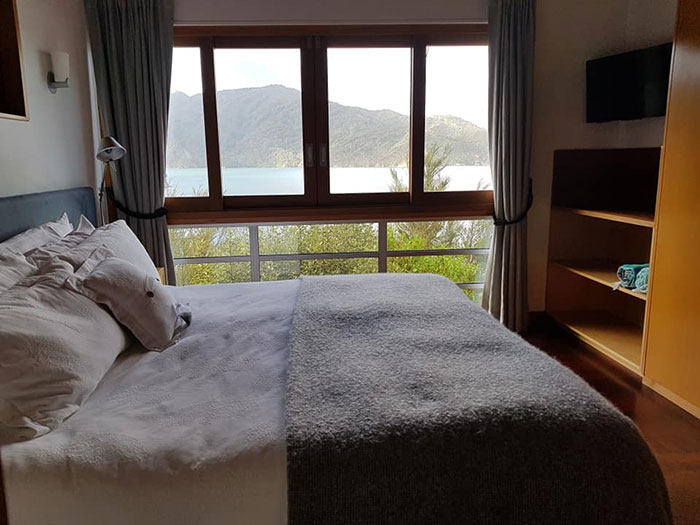 Bedroom, Bay of Many Coves, New Zealand
