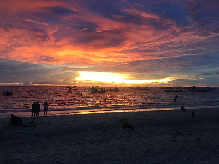 Boracay (image: Rebecca Pocklington)