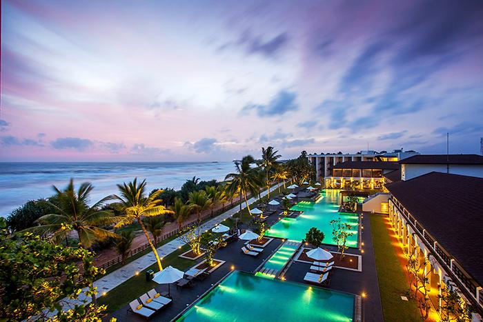 Centara Ceysands swimming pool, Sri Lanka