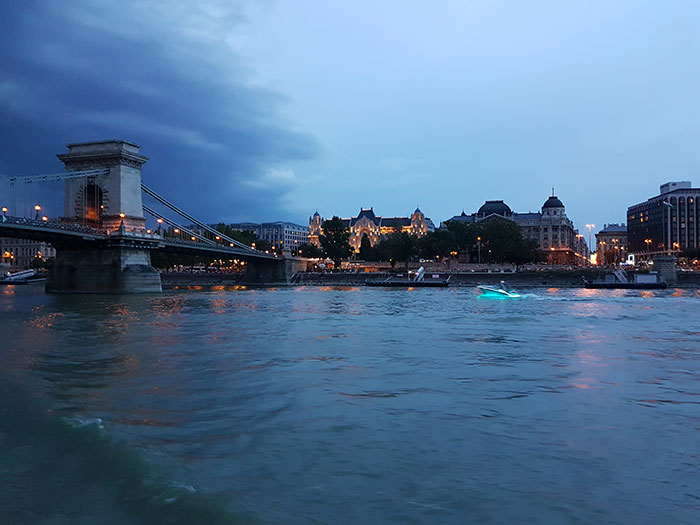 Chain Bridge at dusk (image: Alexandra Gregg)