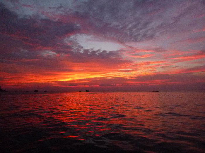Koh Tao sunset (image: Sophie Cole)
