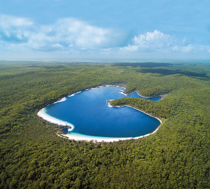 Lake McKenzie aerial view