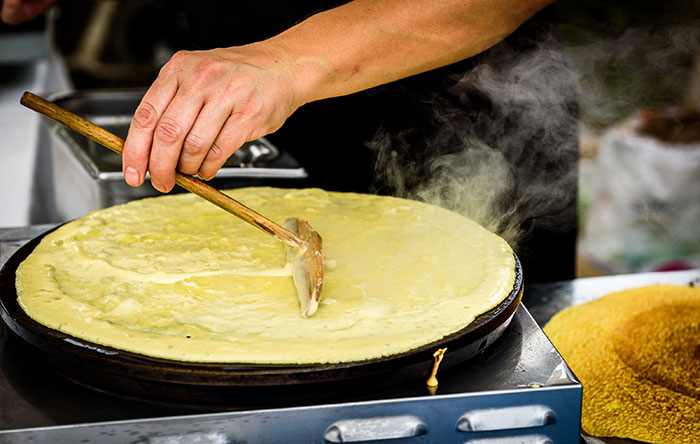 Making crepes on a hotplate