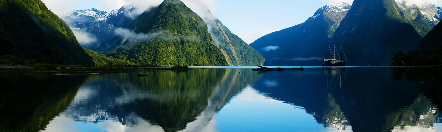 Flights to New Zealand, Milford Sound