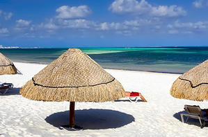 Umbrellas on the beach along Cancun