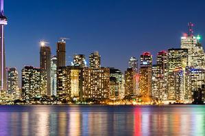 The Toronto city skyline at night
