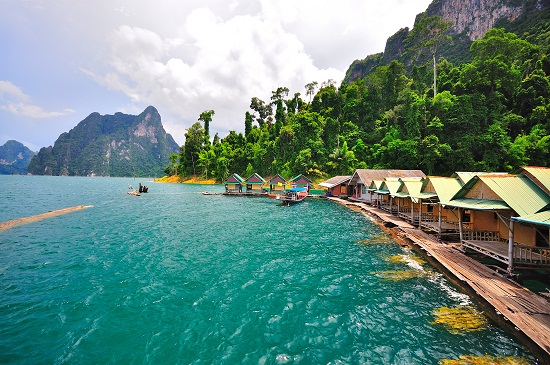 Khao Sok National Park floating river huts