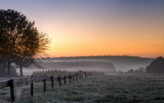 Landscape Photo Tips - Beautiful Sunrise at Dawn