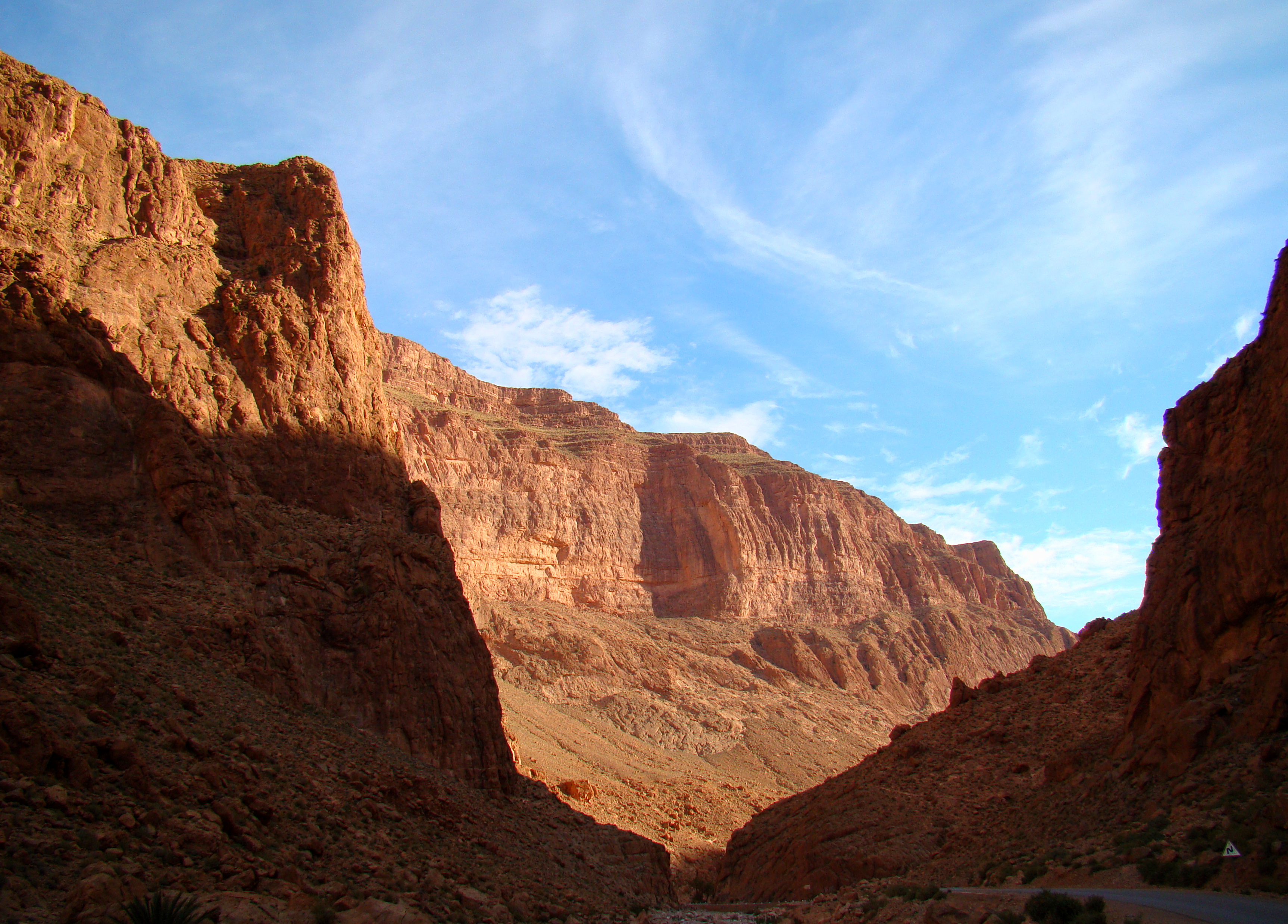 Todra_Gorge_Morning_2011