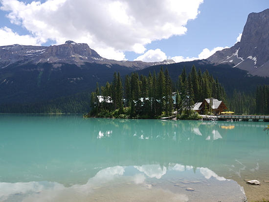 Emerald Lake, with Emerald Lake Lodge in the background (Image: Alexandra Gregg)