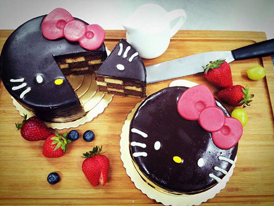 Hello Kitty Cakes. Image: Hello Kitty Cafe