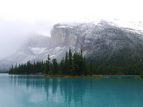 RS Alex Maligne Lake Canada