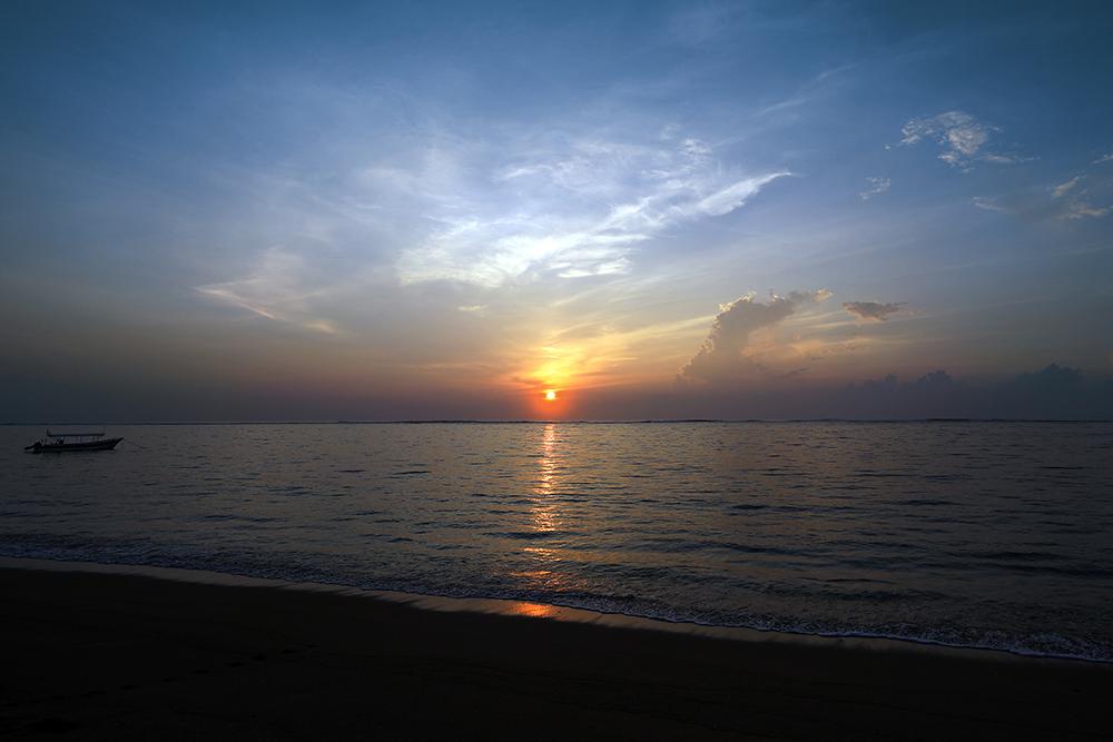 RS Geger Beach Bali shutterstock_259669520