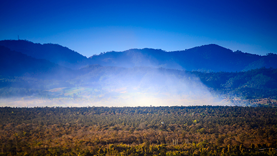 Mountain vistas from the Wat Phra That Mae Yen viewpoint (Image: Shutterstock)