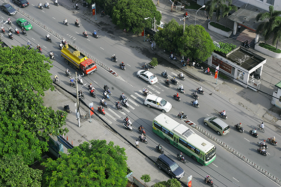 RS HCMC traffic shutterstock_150971273