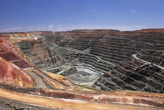 Super Pit Gold Mine at Kalgoorlie-Boulder (Image: Stuart Forster)