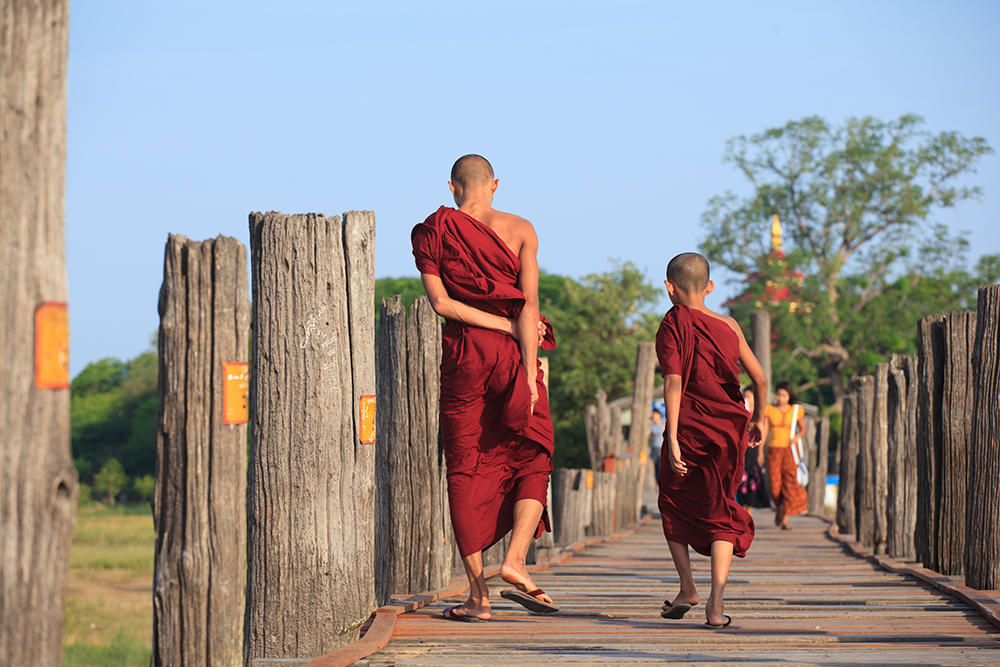 13_monks_298868501_RS