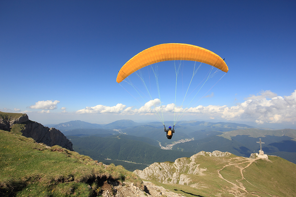 8_paragliding_107043224_RS