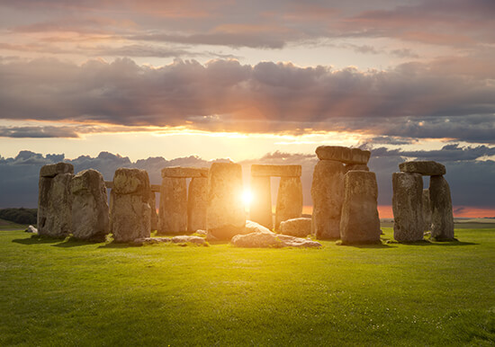 RS Stonehenge shutterstock_315697523