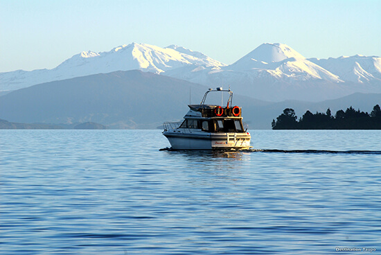 Lake Taupo - a highlight of the xxx Trail (Image: Tourism New Zealand)