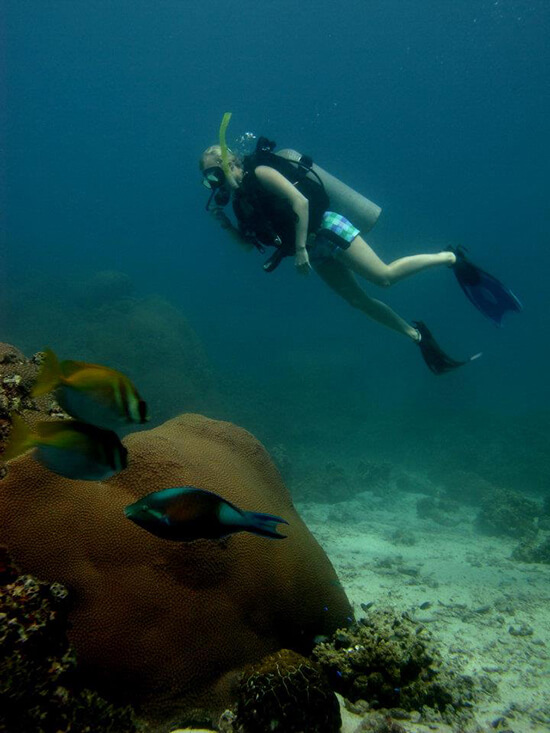 Becky diving (Image: Becky Hales)