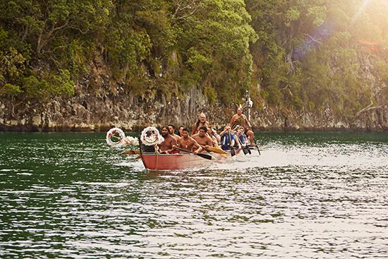 Maori boat (Image: Tourism New Zealand)