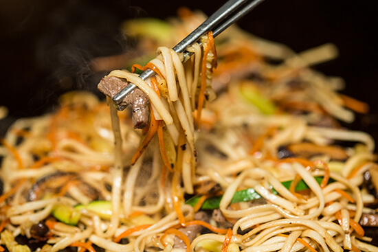 RS pad thai - shutterstock_235744960