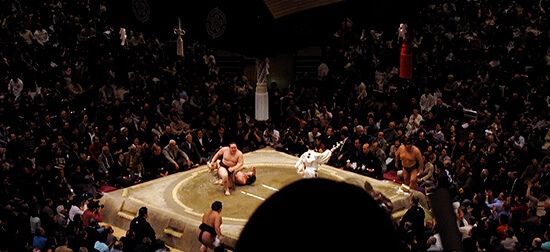 Sumo tournament in Tokyo (Image: flickr-id-51035729853@N01)