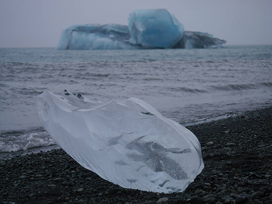 Some huge icebergs at Jokulsarlon (image: Alexandra Gregg)