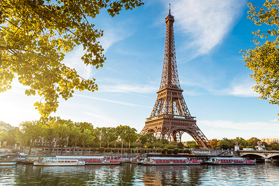 RS Paris - shutterstock_112137761