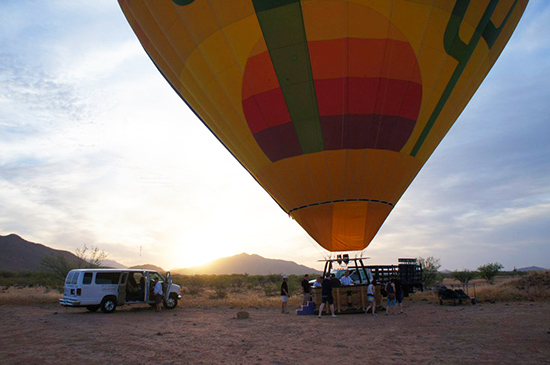 Hot air balloon ride in Arizona (image: Lauren Burvill)
