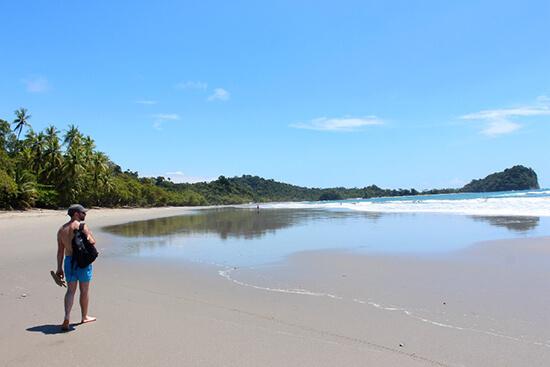 Manuel Antonio beach (image: Claus Gurumeta)