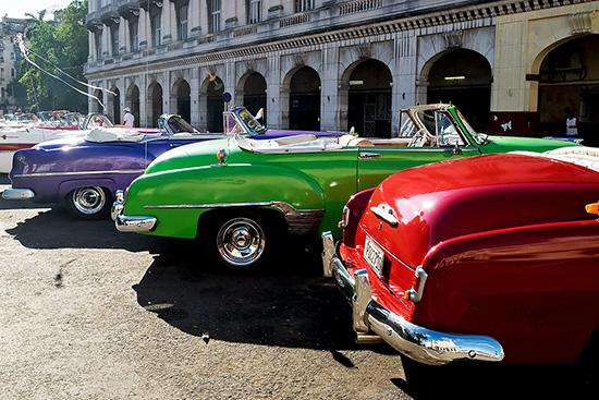 vintage-cars-havana-1-2