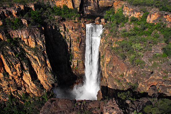 RS Jim Jim Falls kakadu - shutterstock_380828116