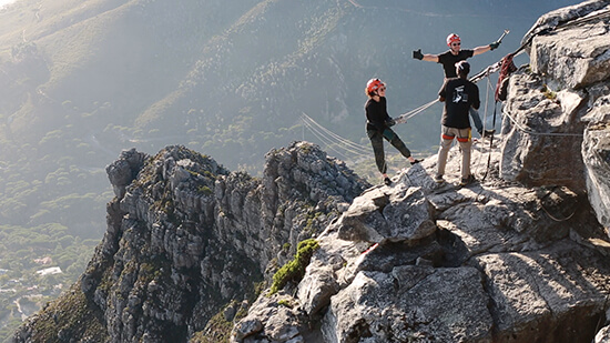 Abseiling down Table Mountain (image: Matthew Von Blerk)