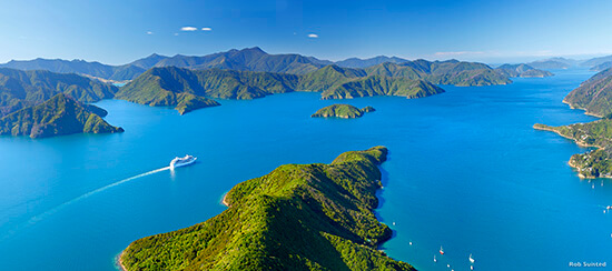 (image: Tourism New Zealand/Rob Suisted)