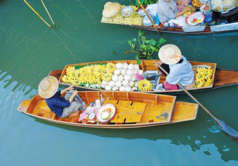 Two floating market boats in Bangkok